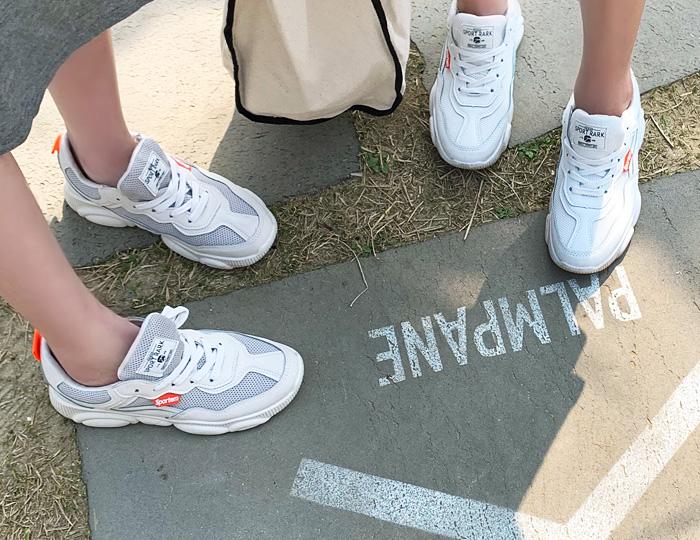 <b>霓虹灯运动鞋(5cm)</b>