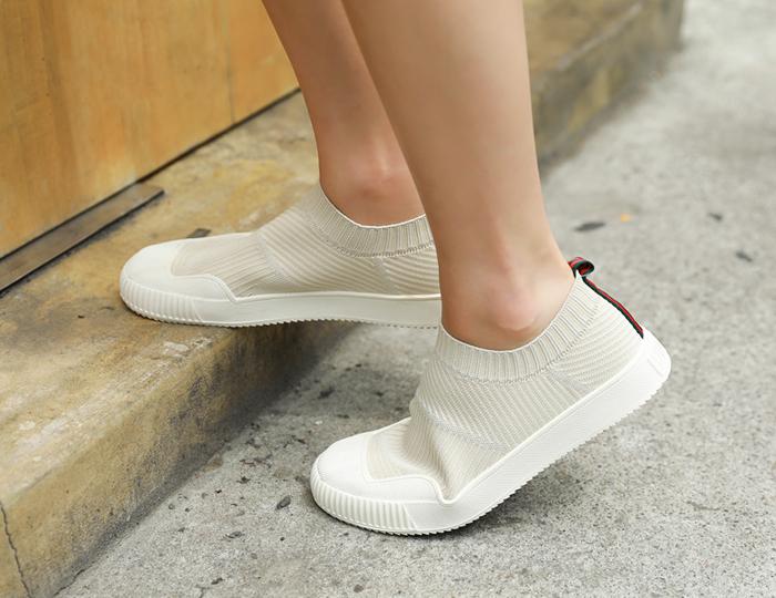 <b>入口弹力鞋(3cm)</b>