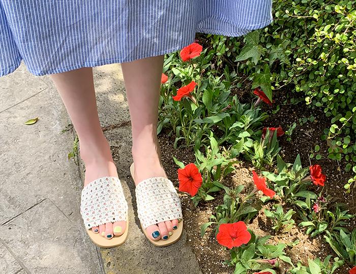 <b>冲孔蕾丝拖鞋(1cm)</b>